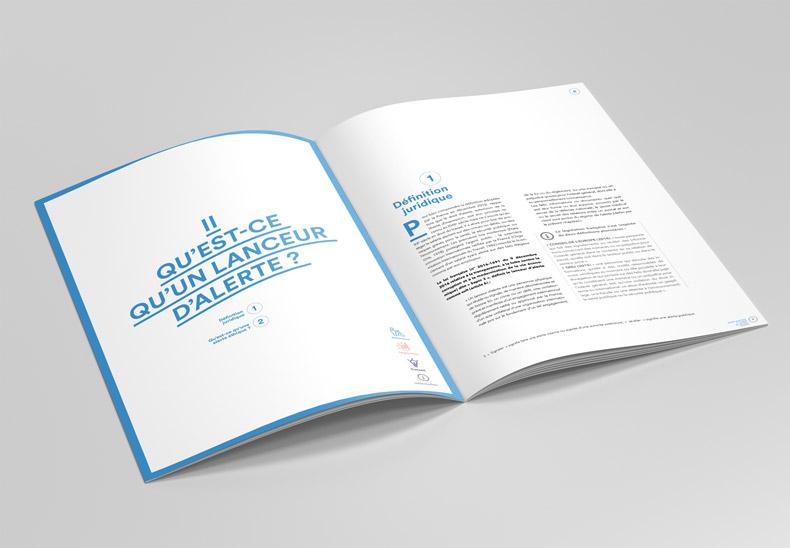Mockup_A4_Brochure_2b